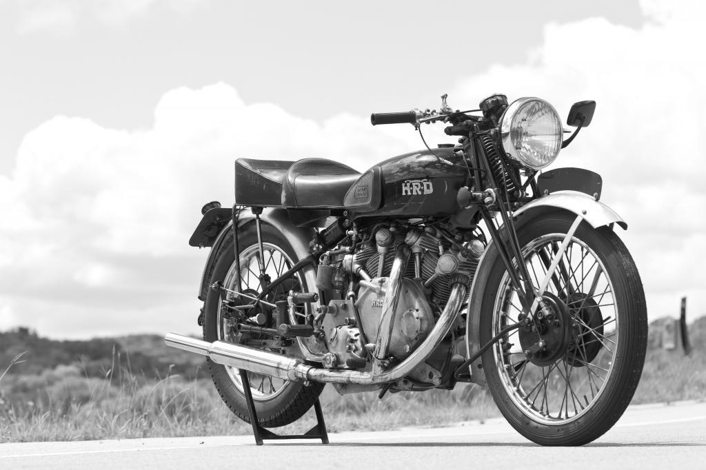 1X_CycleWorld_zpsa19a6521