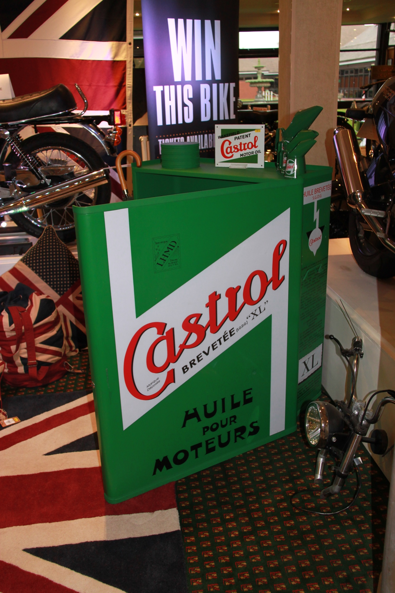 Castrol Cabinet