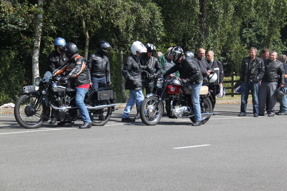 LATEST FRIENDS RIDE A CLASSIC DAY