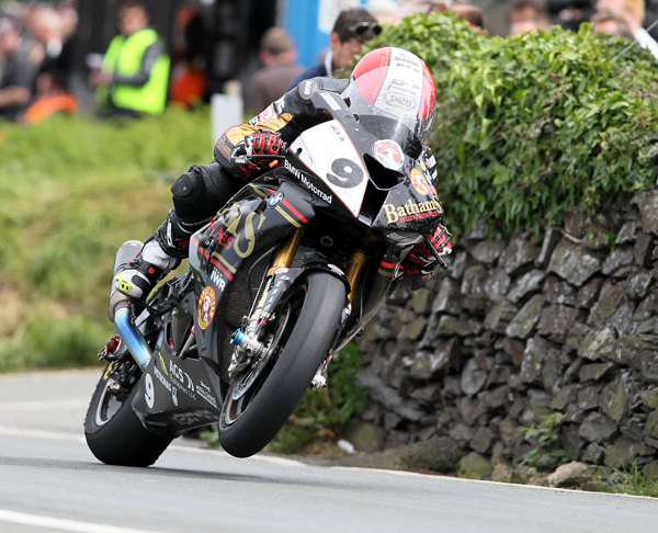 Michael-Rutter-TT-2015-by-Stephen-Davison